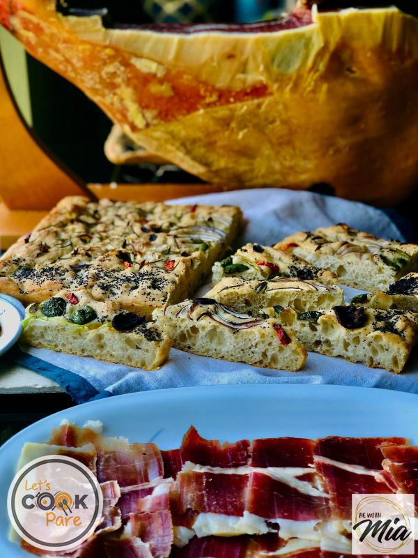 Crunchy on the outside with airy pockets make up a good Ligurian Focaccia especially served with prosciutto or in this case jamon Serrano