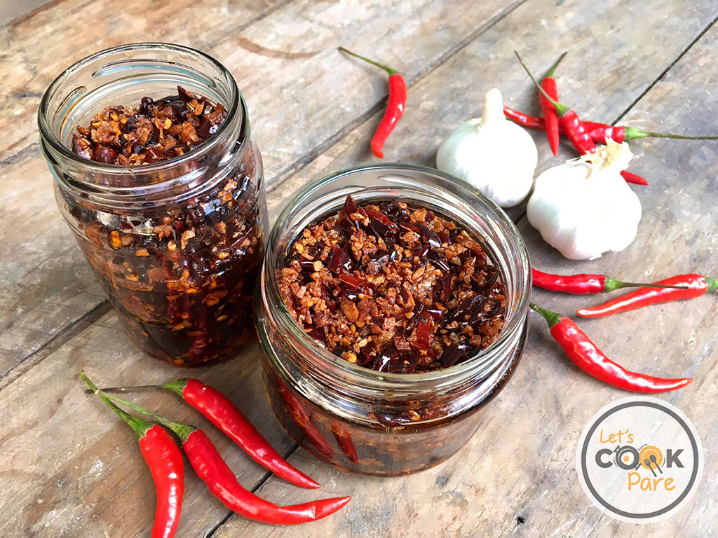 chili garlic oil